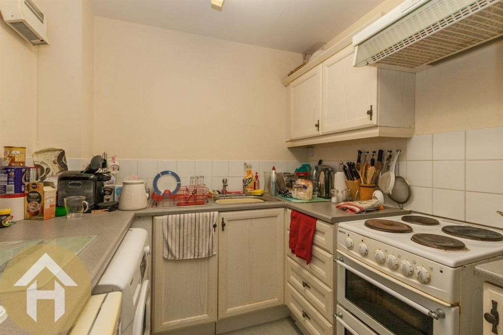 Images for Farriers Close, Swindon SN1 2 EAID:11742 BID:1